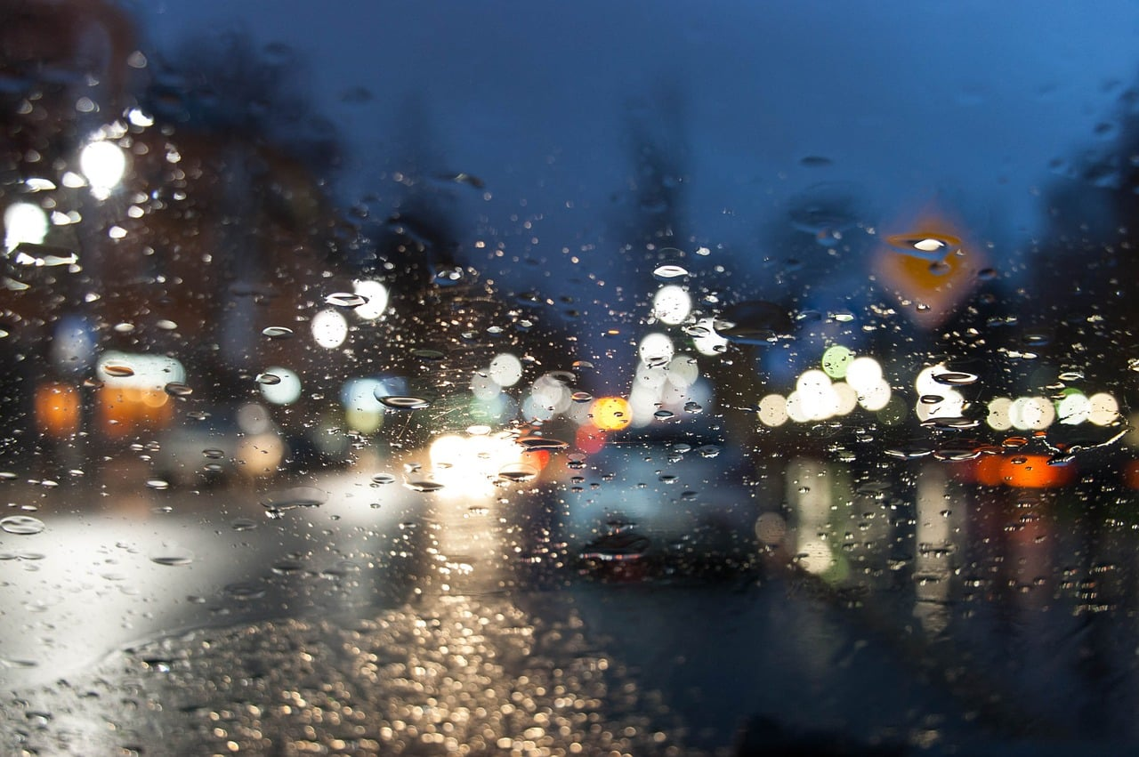 Our Tips For Driving Safely When Wet | LTrent Driving School NSW VIC