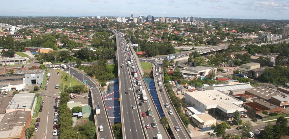 Safe Driving On Sydney Motorways | LTrent Driving School NSW