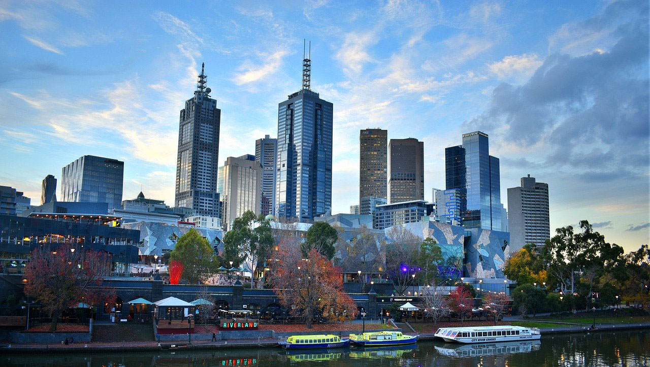 Where is the Best Place to Learn to Drive in Melbourne | LTrent