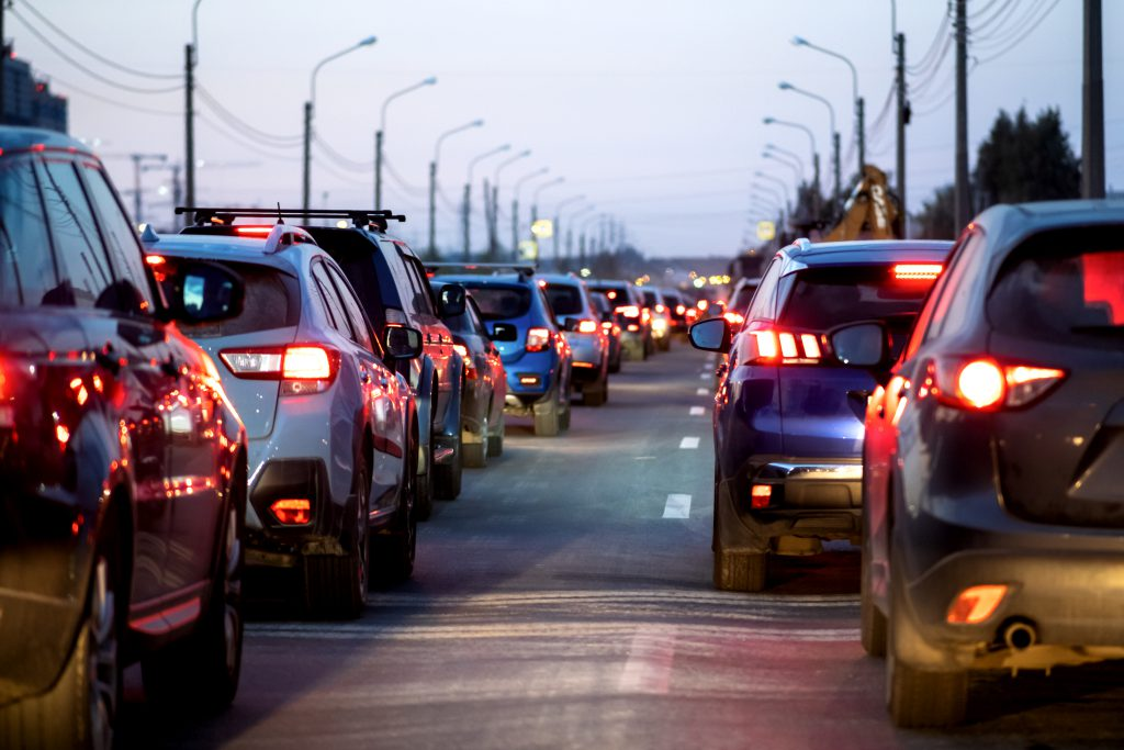 How Can I Drive Safely In Traffic? Our Top Tips And Advice For Safe Driving | LTrent Driving School Blog