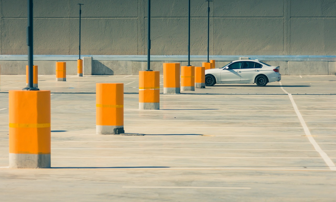 What Are Some Helpful Parking Tips | LTrent Driving School Blog