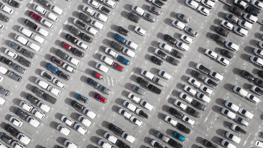 How Do You Safely Park a Car? | LTrent Driving School Blog