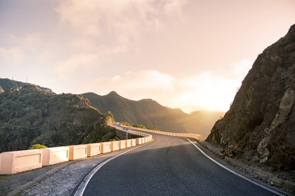 How Do You Drive in the Mountains Safely?   LTrent Driving Lessons